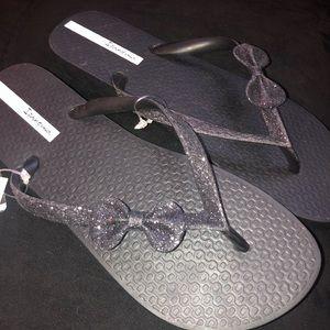 NWT Ipanema Flip Flops